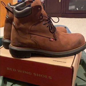 Red Wing Boots waterproof 415.  Size 11.5